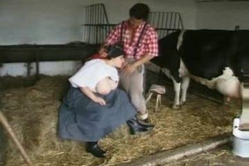 Twee boeren knechten kezen de boeren dochter