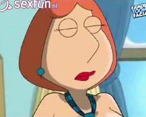 Tekenfilm figuur pijpt dikke lul en word anal geneukt