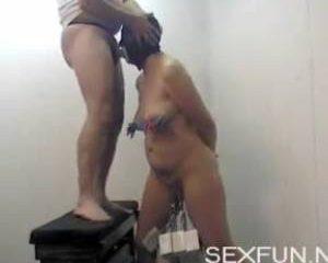 Amateur stel houden van extreme sex spelletjes
