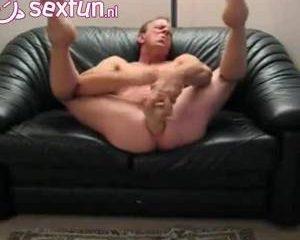 Homo met dildo