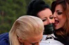 Bondage buiten lesbo sex