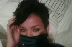 Rihanna en haar vriend op piekante foto