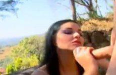 Tamiry vindt het geil om een pik in haar aars te krijgen