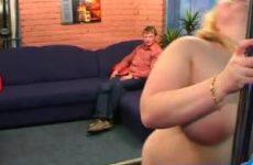 Striptease van dikke snol