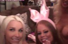 De mondjes van de bisex bunny sletjes worden gevult met sperma