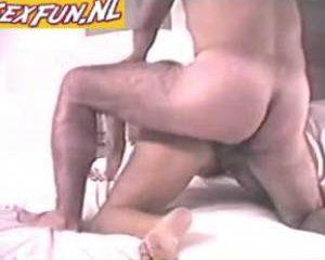 Anale sex met zijn buurvrouw
